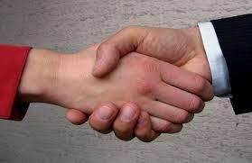 Resultado de imagen de fotografias de saludos con las manos