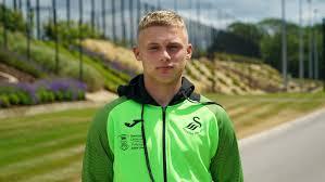 Morgan Clarke | Versatility key to regular playing time | Swansea