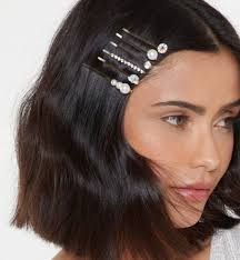 The 4 Types Of <b>Hair Accessories</b> You Need