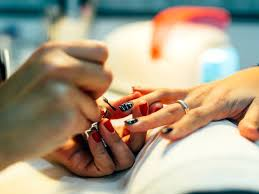 6 red flags that your nail salon isn t hygienic enough