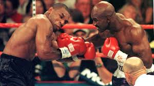 Evander holyfield is an american former professional boxer who competed between 1984 and 2011 and is making a one fight comeback in 2021. Boxen Evander Holyfield Bringt Sich Fur Dritten Kampf Gegen Mike Tyson In Stellung