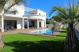 maison avec piscine et terre le cap d agde 34