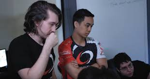 complexity quietly cut its two newest players after dota 2