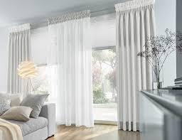 Lass dich von vielen einrichtungsideen inspirieren. Kreative Ideen Trends Gardinen Vorhange Sonnenschutz Nach Mass Modern Wohnzimmer Sonstige Von Unland International Gmbh