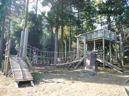 幕 山 公園