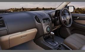 Car Picker - chevrolet Colorado interior images