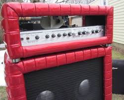 Kustom 1x12 Cabinet Motion Sound Leslie In Kustom Cabinet On Top Of Kustom 4x10 Closeup Crjpg