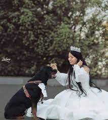 هبة مبروك صاحبة جلسة التصوير الشهيرة مع كلب تفجر مفاجأة