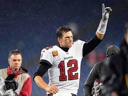 Buccaneers QB Tom Brady makes history ...
