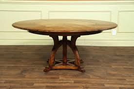 round table with leaves expable or definition define