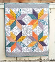 Lemoyne Star Baby Quilt | Kitchen Table Quilting & lemoyne star baby quilt Adamdwight.com