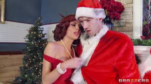 Milfs Like it Big Squirting On Santa. Veronica Avluv Danny D.