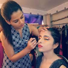 alisha golatkar makeup artist in mumbai