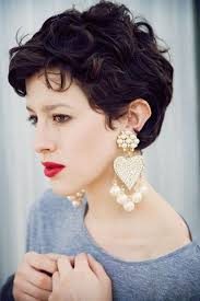 cool and easy cut for naturally wavy hair 25 cool and easy short hairstyles