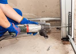 garage door repairman3 Best Garage Door Repair in Visalia CA  ThreeBestRated