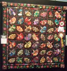 caro-rose-creations: Brisbane Craft Show - The state quilt exhibition & It doesn't have the level of quilting skills you find in the winners of  other state quilt shows but never the less it is beautiful in it's  uniqueness. Adamdwight.com