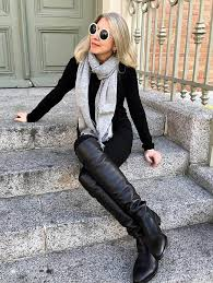 Mature lady in crotch boots