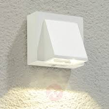 marik white led outdoor wall light961607031 lights 655