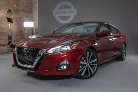Nissan Altima New Design Nissan Altima Returns For 2019 With A New Engine Safety