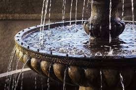 Significance & Benefits of Water Fountain as per Vastu
