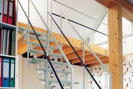 Nachfolgend haben wir ihnen eine reihe von freitragenden treppen in form einer bildergalerie zusammengestellt. Welche Treppe Fur Den Dachboden Wahlen