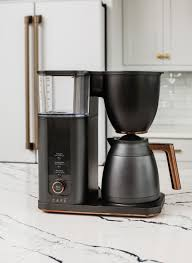 Water level markers inside the lid show you the number of cups remaining in the water reservoir, so you know exactly how many cups of coffee you have left. Cafe Drip 10 Cup Coffee Maker With Wifi Matte Black C7cdaas3pd3 Best Buy