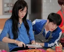 Makanan ringan ini cocok untuk menemani kita sambil santai misal nonton drama korea, dengerin lagi dan sebagainya. 7 Resep Makanan Favorit Idol Korea Yang Mudah Dan Cocok Buat Bekal