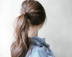 いつまでイマイチなポニーテールでいるまとめ方だけで毛流れが変わる