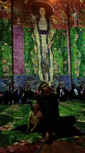 massive work cool colors. This Time They Were Featuring The Work Of Gustav Klimt. Colors, Motion...it Was Remarkable. My Daughter Loved It As Well.pic.twitter.com/ds6wnZGwYP Massive Cool Colors
