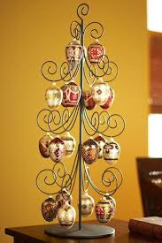 Large ornament tree for eggs