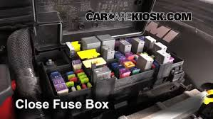 blown fuse check 2011 2016 dodge durango 2013 dodge durango rt 6 replace cover secure the cover and test component