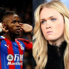 He was named league managers association manager of the year in 2003, 2005, and 2009. Wilfried Zaha Finally Clears The Air On The Rumors He Slept David Moyes Daughter During His Time At Manchester United National Sports Link