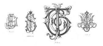 Suit họa tiết monogram cao cấp cho diện mạo ấn tượng