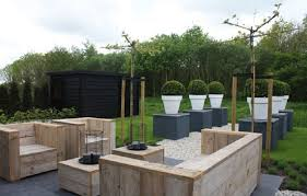 modern pallet furniture. Pallet Patio Furniture Decor. Contemporary Outdoor Decor Modern M