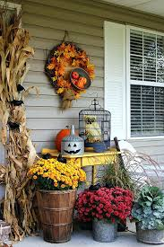 fall decorations for outside this display is a perfect example of how you can transition your fall decorations for outside