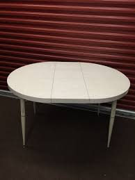 Round Formica Table Round Formica Table Pictures To Pin On Pinterest Pinsdaddy