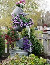 10-Ways to Create a Pretty Lawn by The Everyday Home / www.everydayhomeblog  Classy Pinterest Gardens Ideas ...