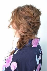 浴衣ヘアアレンジ三つ編みだけでできるハーフアップヘアアレンジway
