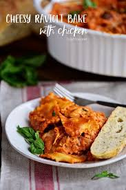cheesy ravioli bake with en video