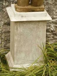 garden pedestal. vendi outdoor garden pedestal for urn, planter or sculpture available at allsculptures.com e