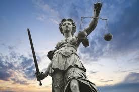 Αποτέλεσμα εικόνας για φωτο εικονες αιθουσων δικαστηριων με το σφυρι