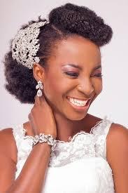 10 Idées De Coiffures Pour Une Mariée Aux Cheveux Afro
