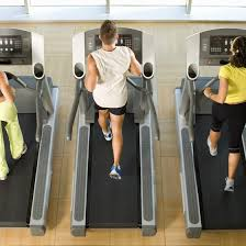 gyms provide a range of machines and cles to facilitate weight loss