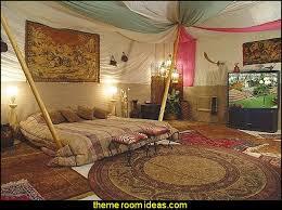 Moroccan theme Aladdins theme bedroom decorating ideas-tent style decorating