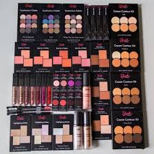 giveaway time brihallofficial won her glow down challe x what s hot sleek makeup usa