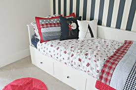 Of Girls Without Dress In Bedroom With Boys 27 Stylish Ways To Decorate Your Childrens Bedroom The Luxpad