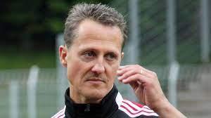 Michael is related to danna kay schumacher and johnny lee schumacher as well as 1 additional person. Michael Schumacher Freund Packt Aus Er Schaut Sich Wieder Rennen An Intouch