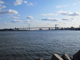 com benjamin franklin bridge delaware