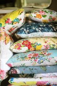 flower pillow american country simply use two pieces of fabric and sew them together to make a simple
