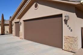 painting garage doorPainting Garage Doors